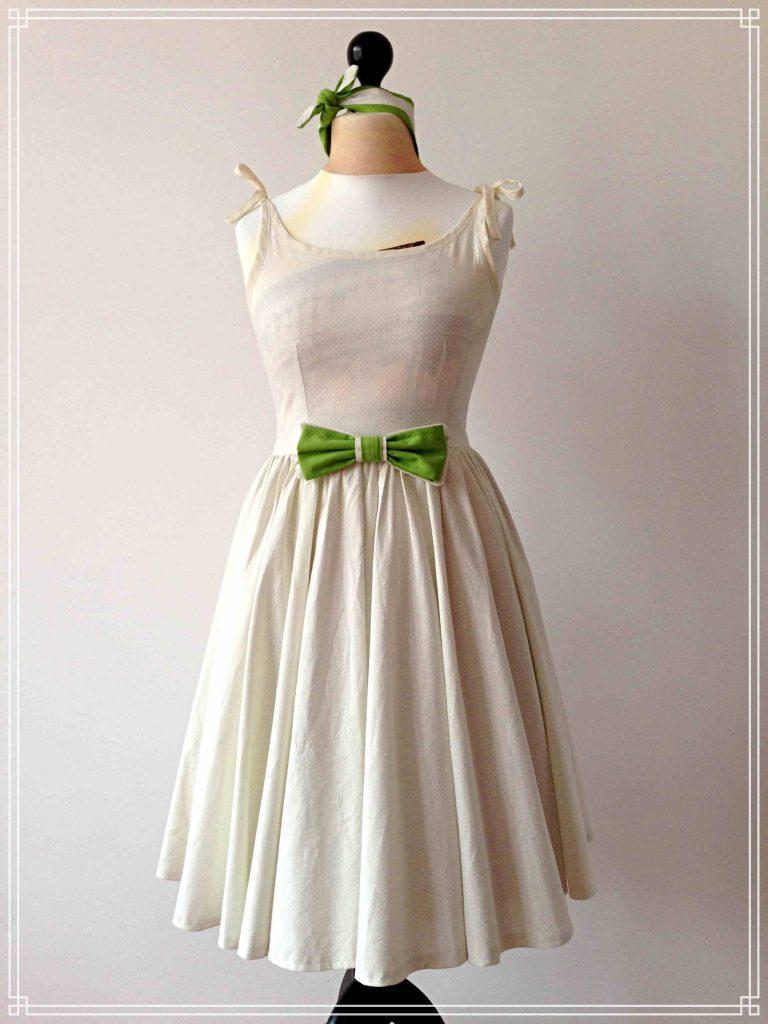 hochzeit im 50er-jahre-petticoat-kleid - zweigefädelt